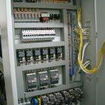 Монтаж автоматики в специальном шкафе